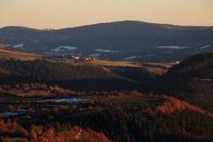 Solnedgång i den Gevaudan regionen, Frankrike Royaltyfri Foto
