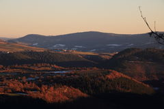Solnedgång i den Gevaudan regionen, Frankrike Royaltyfria Foton