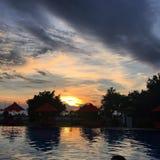 Solnedgång i den travangan gilien Arkivbilder