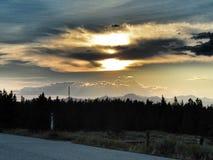 Solnedgång i den Yellowstone nationalparken Arkivbild