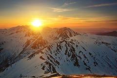 Solnedgång i det västra tatraberget Arkivfoton