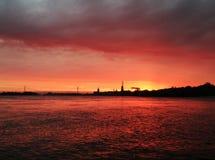 Solnedgång i Emmerich arkivfoton