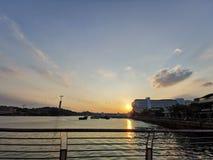 Solnedgång i HarbourFront @ Singapore arkivbilder