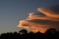 Solnedgång i Hillcrest royaltyfri bild