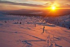 Solnedgång i Lapland Arkivfoton