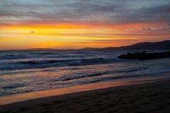 Solnedgång i Majorca Kustbakgrund Royaltyfria Foton