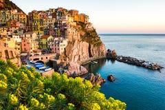 Solnedgång i Manarola, Cinque Terre, Italien Fotografering för Bildbyråer