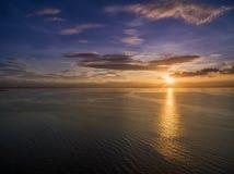 Solnedgång i Manila, Filippinerna Bay City Pasay Arkivfoto