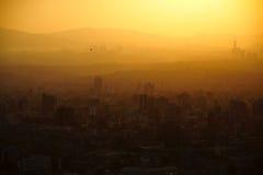 Solnedgång i Mexico - stad royaltyfria foton