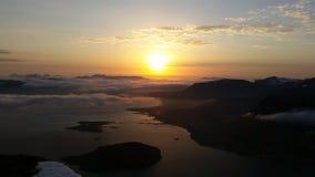 Solnedgång i nordliga Norge Fotografering för Bildbyråer
