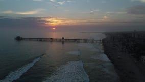 Solnedgång i Oceanside stock video