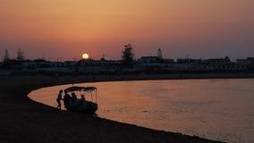 Solnedgång i Oulidia Arkivbild