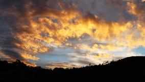 Solnedgång i Papua Nya Guinea Fotografering för Bildbyråer