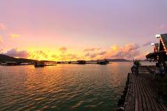 Solnedgång i phuket Arkivbilder