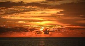 Solnedgång i Pietra Santa, Lucques, Tuscany, Italien Royaltyfri Bild
