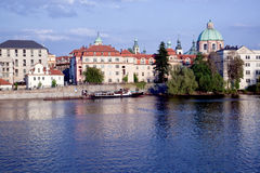 Solnedgång i Prague Royaltyfria Foton