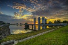 Solnedgång i Putrajaya, Malaysia Arkivfoton