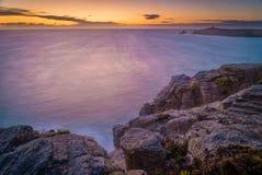 Solnedgång i Quiberon, Brittany Arkivbild