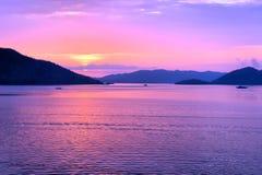 Solnedgång i Stilla havet philippines Arkivfoton