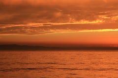 Solnedgång i sydliga Kalifornien vid huvudväg 101 royaltyfria bilder