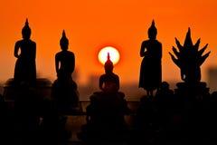 Solnedgång i tempel Arkivbild