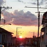 Solnedgång i Trinidad royaltyfri foto