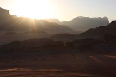 Solnedgång i Wadi Rum Arkivfoto