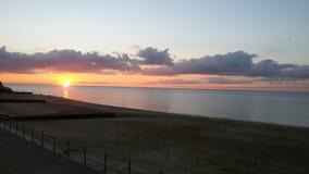 Solnedgång i westgate på havet arkivbild