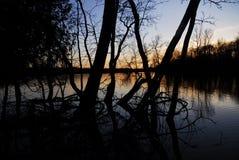 Solnedgång III för torr sjö royaltyfria foton