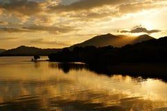 Solnedgång killarney royaltyfri bild