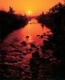 Solnedgång längs floden UK Royaltyfri Fotografi