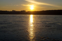 Solnedgång Lake Royaltyfria Bilder