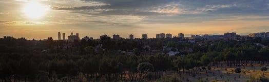 Solnedgång Madrid Arkivbild