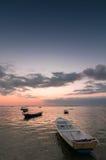 Solnedgång med fartyg Royaltyfria Foton
