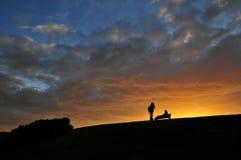 Solnedgång med vänner Royaltyfri Fotografi