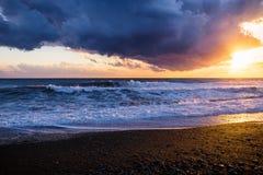 Solnedgång och storm i Anapa Fotografering för Bildbyråer