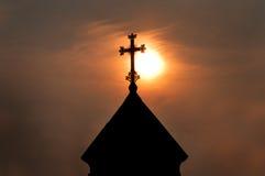 Solnedgång och Surb Hovhannes St Hovhannes Abovyan Arkivfoton
