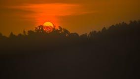 Solnedgång på bergnationalparken Royaltyfri Bild