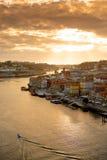 Solnedgång på bron porto portugal Arkivbilder