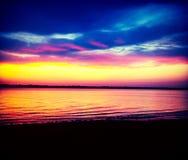 Solnedgång på Crescent Park arkivbild