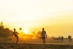 Solnedgång på Cua Dai Beach Arkivbild