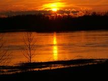 Solnedgång på Danube Royaltyfri Bild