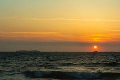 Solnedgång på den Breton kusten Royaltyfria Foton
