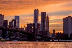 Solnedgång på den Brooklyn bron Royaltyfri Bild