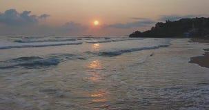Solnedgång på den Istanbul Kısırkaya stranden lager videofilmer
