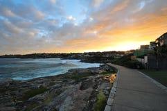 Solnedgång på den lilla byn, Sydney Arkivbild