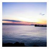Solnedgång på den Manila fjärden royaltyfri fotografi