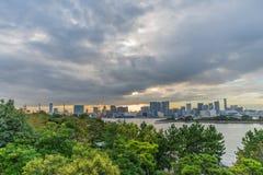 Solnedgång på den Odaiba sikten Fotografering för Bildbyråer