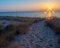 Solnedgång på den ovala stranden Saugatuck Royaltyfri Fotografi
