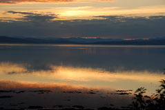 Solnedgång på den Saint Laurent floden Royaltyfri Fotografi